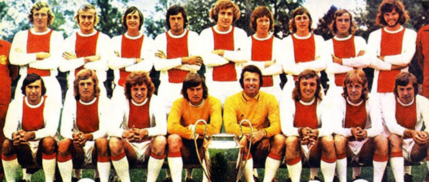Ajax de Ámsterdam 1971-1973 - Fútbol Chapas Retro